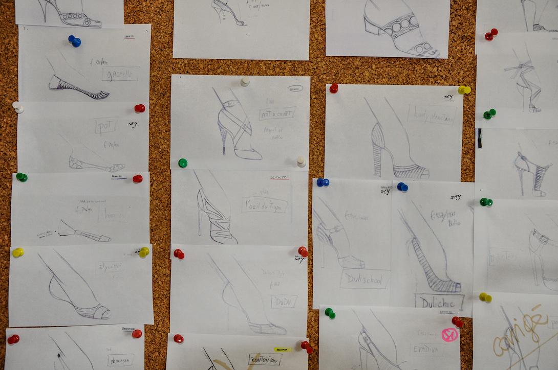 Christian Louboutin's sketches © artflyer