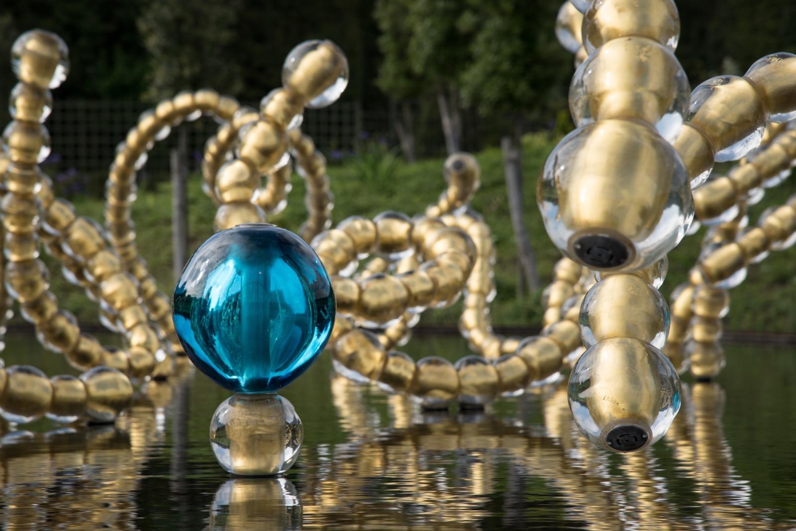 Jean Michel Othoniel sculpture