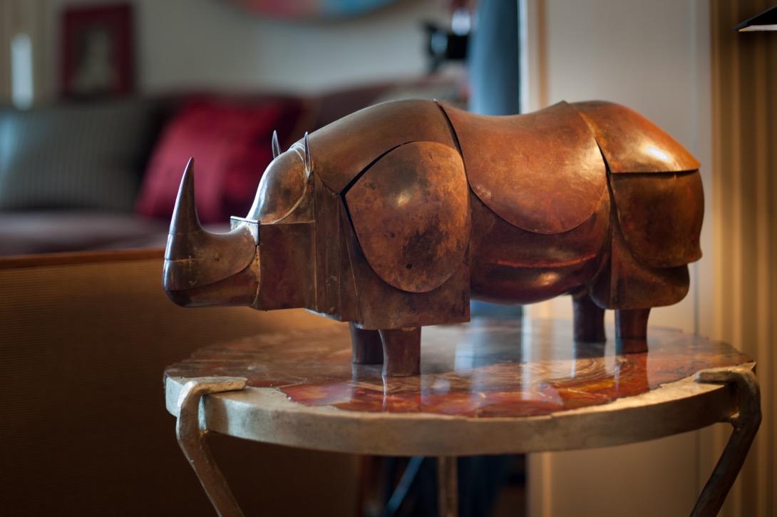Mechanic rhinocerus with secret compartments designed by François-Xavier Lalanne © artflyer