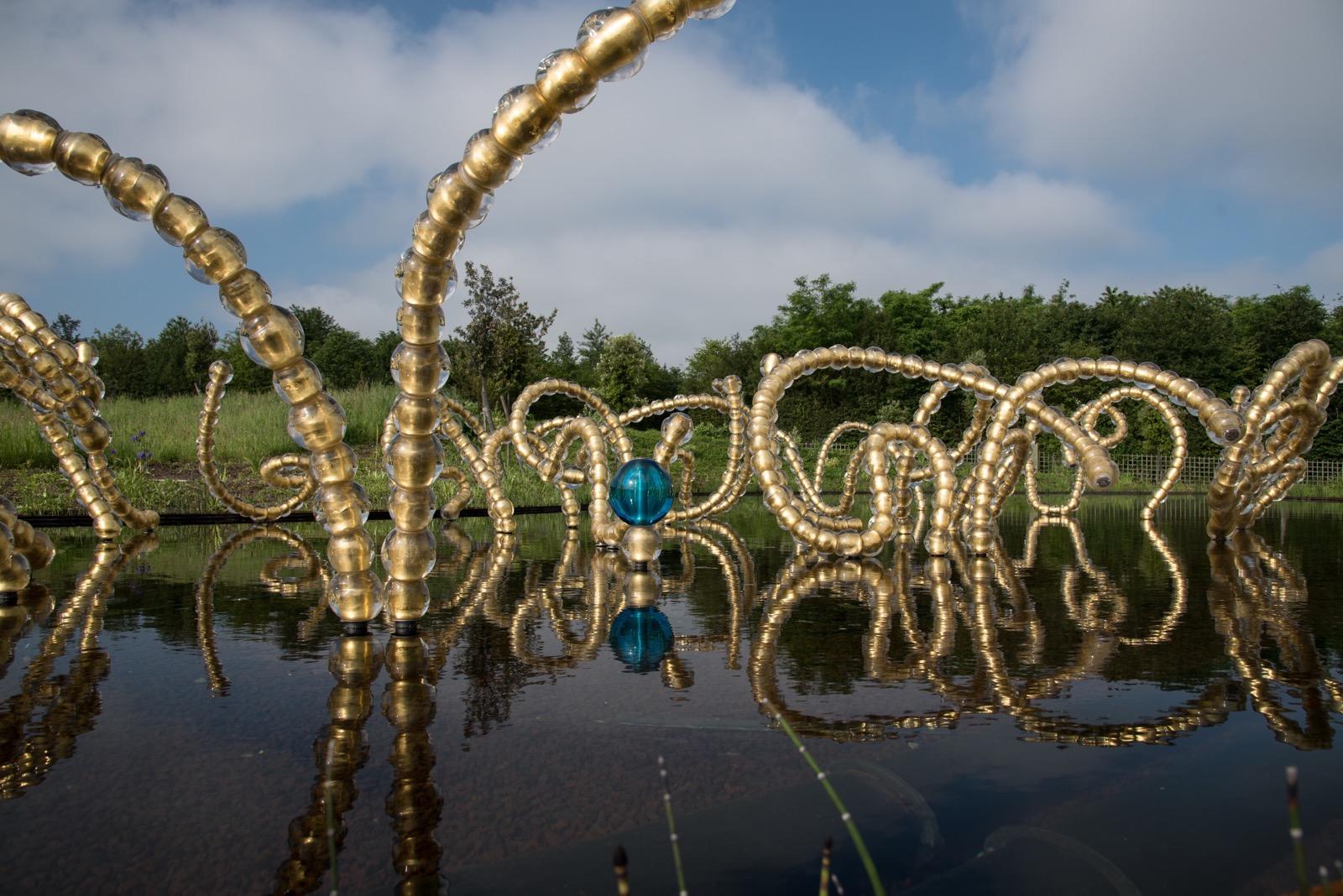 The fountain sculpture Belles Danses Jean Michel Othoniel