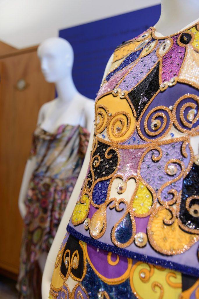 Embroidery Emilio Pucci